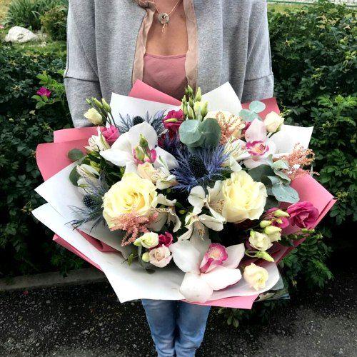 №160 букет с розами и орхидеями