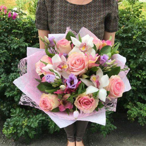 №295 букет с розами и орхидеями