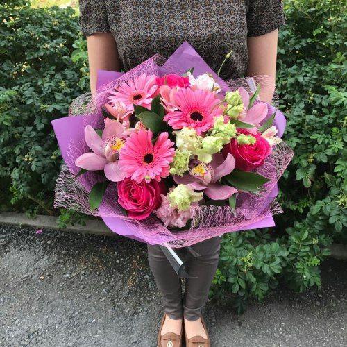 №310 букет с герберами,орхидеями и розами