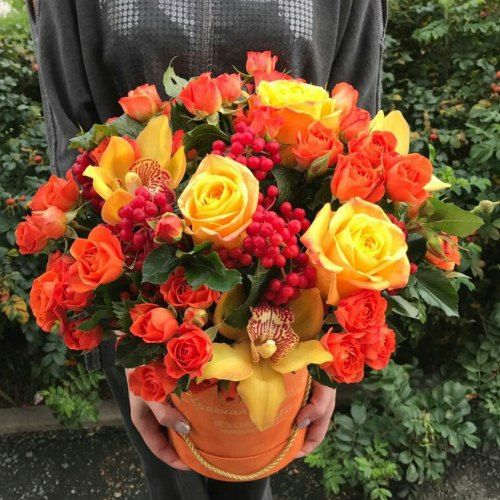 № 544 букет роз в шляпной коробке