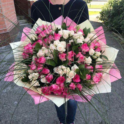 №364 букет с кустовыми розами