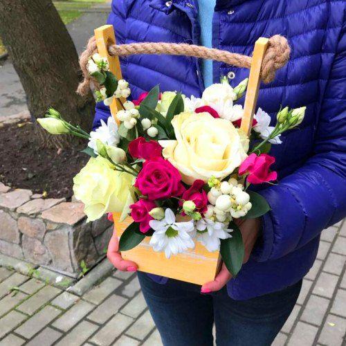 №406 ящик с розами