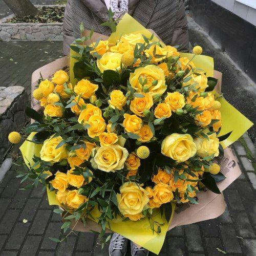 № 411 букет с розами