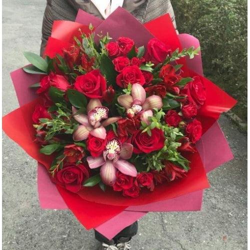 № 415 букет с розами и орхидеей