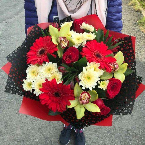 № 418 букет с розами и орхедеями