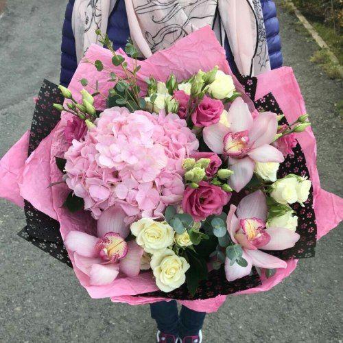 № 419 букет с гортензией и орхидеями