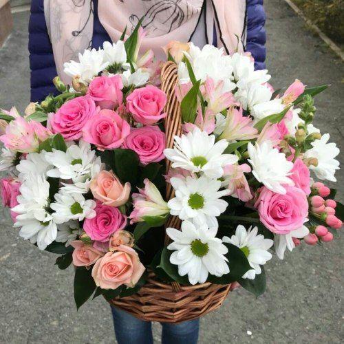 № 425 корзина с розами и хризентемой