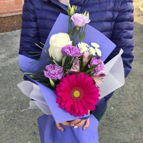 № 630 букетик с розой и герберой