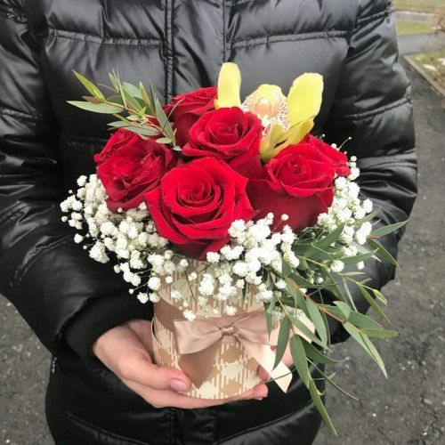 № 455 букет роз в шляпной коробке