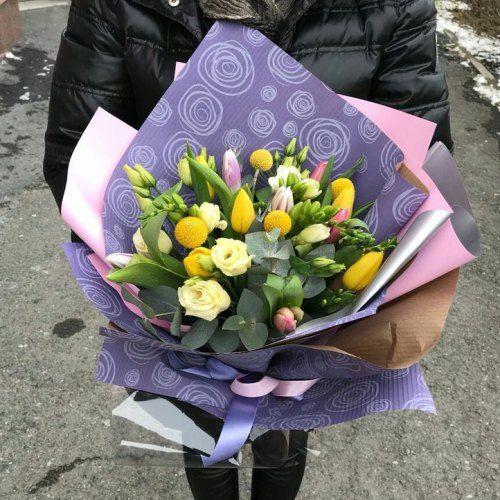 № 472 букет с тюльпанами