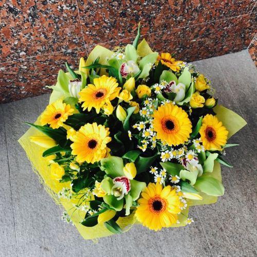 №201 букет с тюльпанами и орхидеями