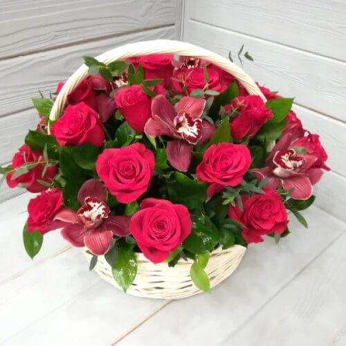 № 345 корзина из роз и орхидей