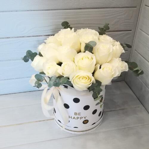 № 491 букет в шляпной коробке с розами