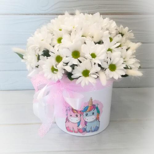 № 357 букет в шляпной коробке с хризантемой