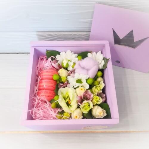 № 339 коробочка с макарунами