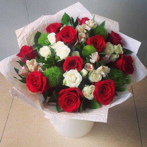 №26 букет с  красными розами