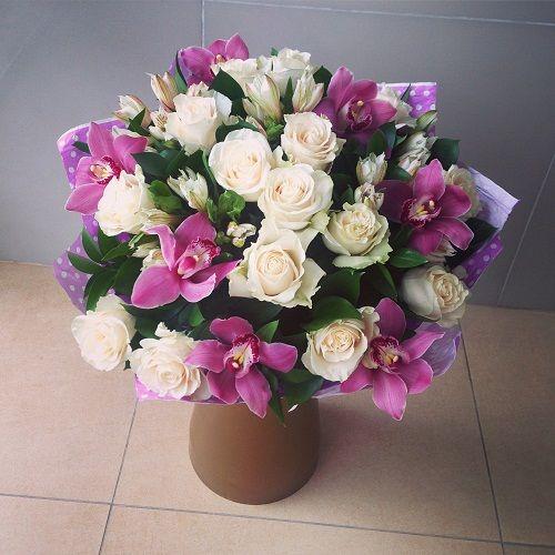 №19 букет из роз и орхидей