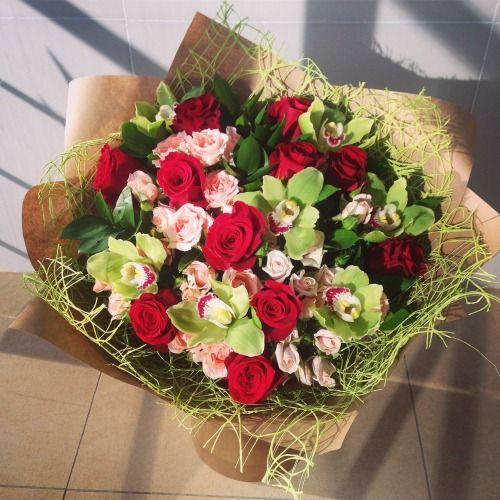 №20 букет из роз и орхидей