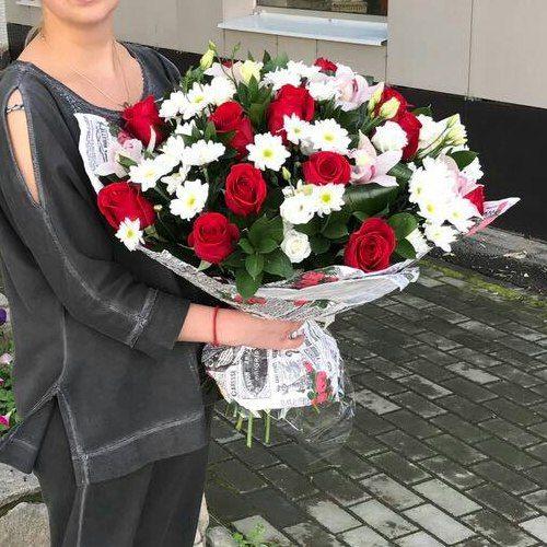 №109 букет из роз и орхидей