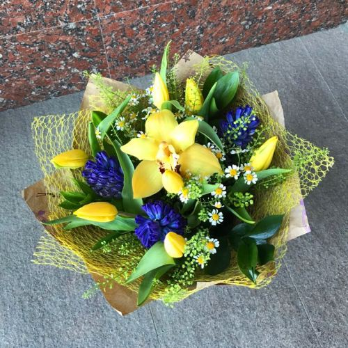 №204 букет с тюльпанами и гиацинтами