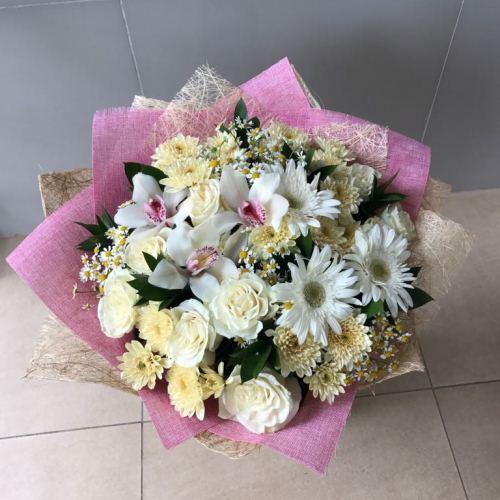№159 букет с розами, орхидеями и герберами