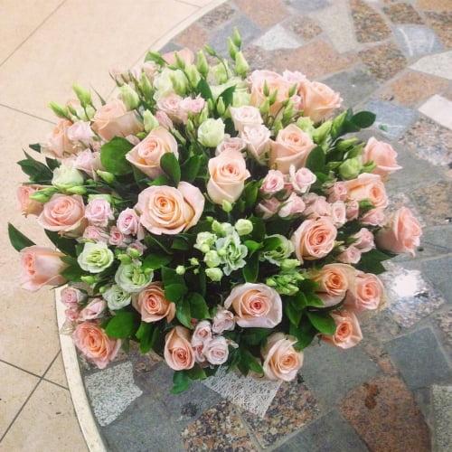 №97 букет с эустомой и розой