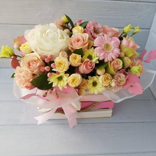 № 161 ящик с пионом,розой,герберой