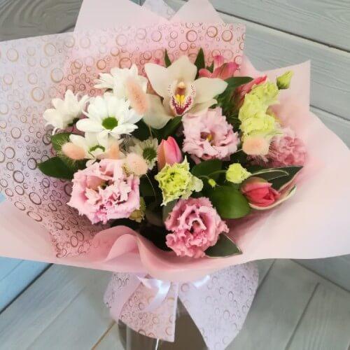 № 152 букет с орхидеей и тюльпанами