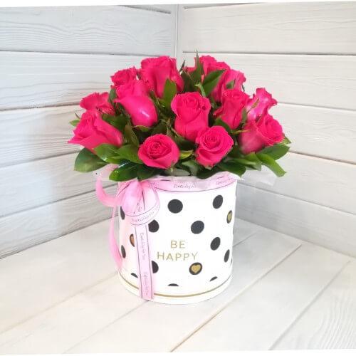 № 150 букет в шляпной коробке из роз