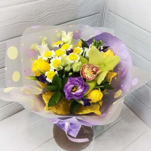 № 087 букет с ирисами и орхидеей
