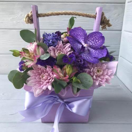 № 557 ящик с орхидеей и гиацинтами