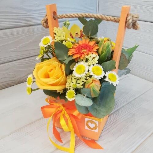 № 092 ящик с розой, герберой и орхидеей
