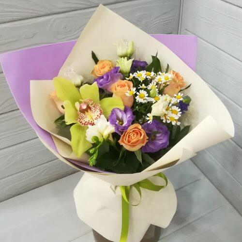 № 094 букет с розами и орхидеей