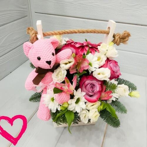 № 459 ящик с розами и мишкой