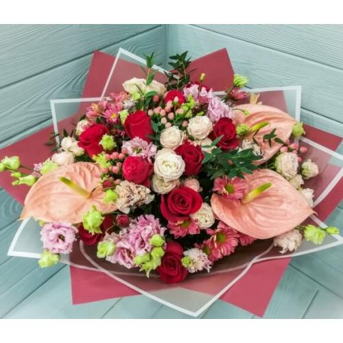 № 406 букет с антуриумами и розами