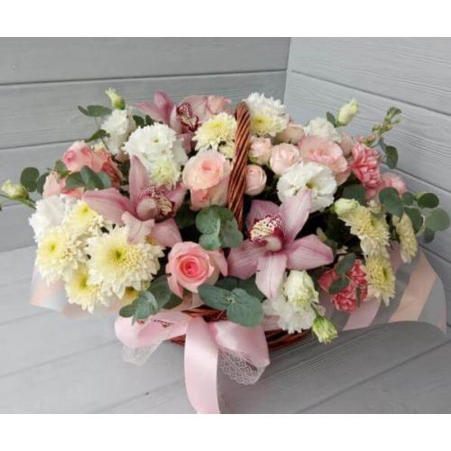 № 591 корзина с розами и орхидеей