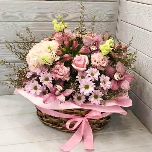 № 667 корзина с розами и орхидеей