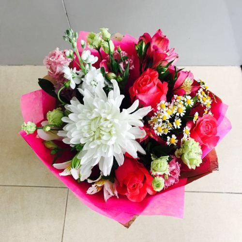 №208 букет с хризантемой и розой