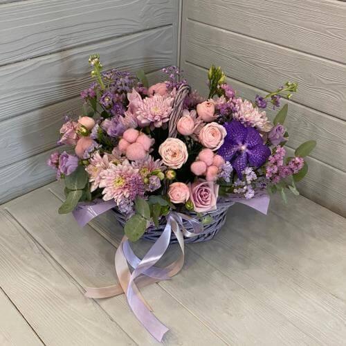 № 599 корзина с орхидеями, розами, хлопком