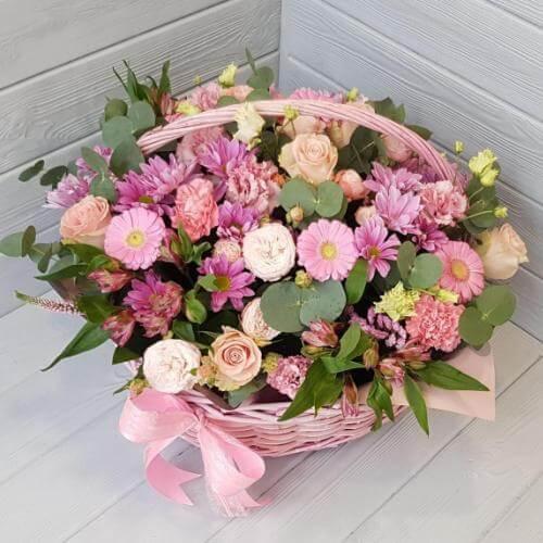 № 366 корзина с розами, герберами, альстромерией и эустомой