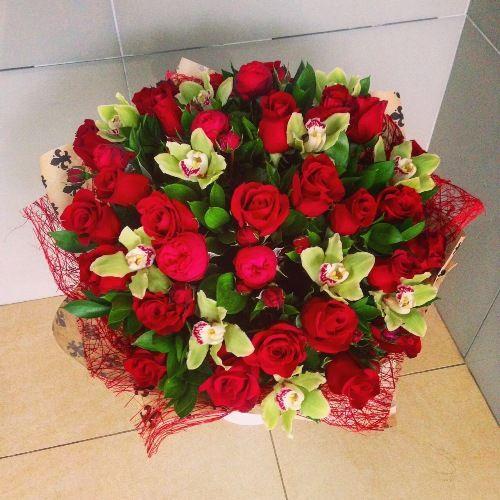 №188 букет из роз и орхидей