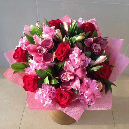 №67 букет с розами и гортензиями