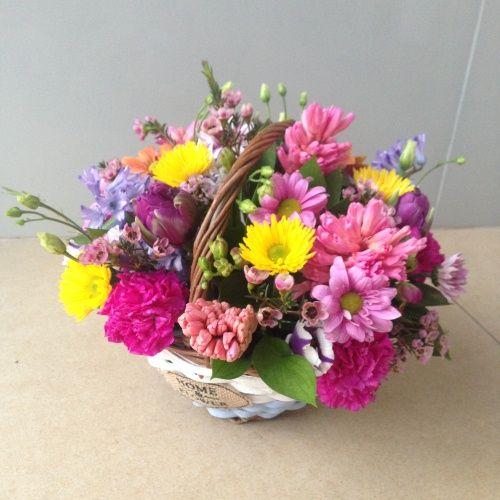№ 452 корзина весенних цветов