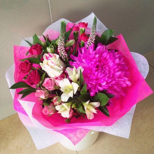 № 691  букет с кустовой розой и хризантемой