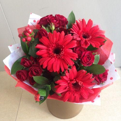 №30 букет с герберой и кустовой розой