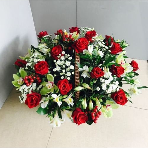 № 420 корзина с розами и орхидеями