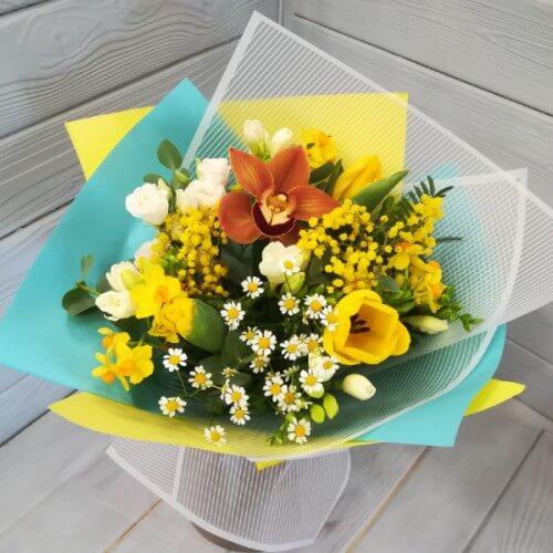 № 191 букет с тюльпанами, ромашкой, фрезией