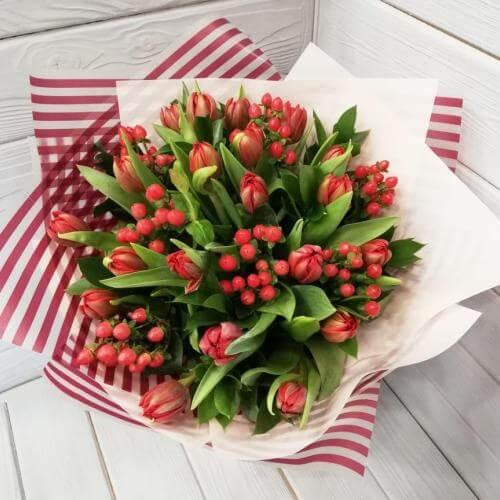 № 172 букет с тюльпанами