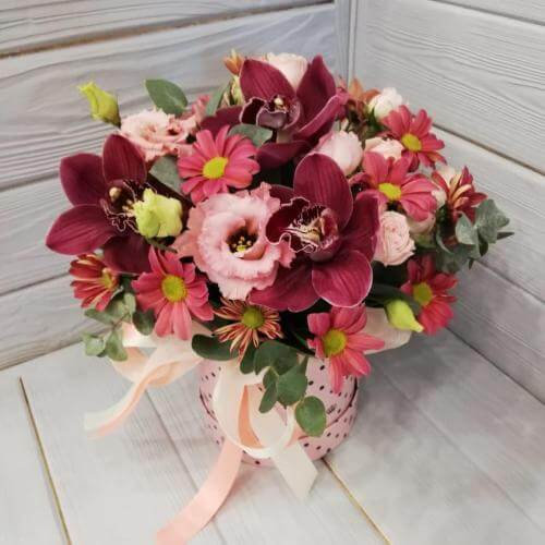 № 169 букет в шляпной коробке с орхидеями