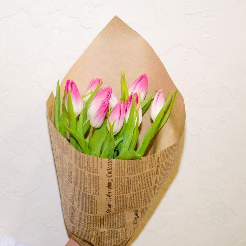 № 71 акция 9 розовых тюльпанов в упаковке